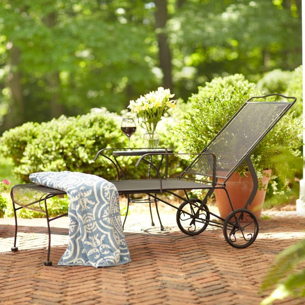 Wrought Iron Chaise Lounges For Popular Wrought Iron Chaise Lounge Patio Furniture Home Design Ideas (View 15 of 15)