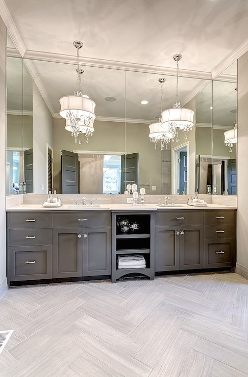 2018 Captivating Chandelier Bathroom Vanity Lighting 10 Bathroom Vanity Intended For Chandelier Bathroom Vanity Lighting (View 1 of 10)