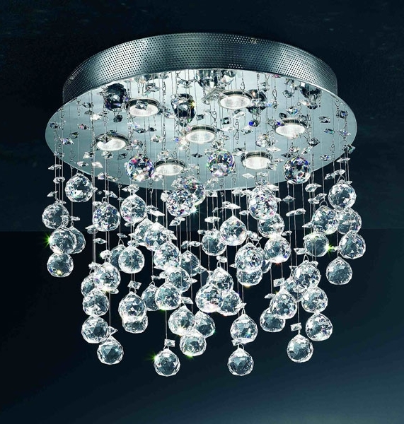 2018 Chandelier (View 7 of 10)