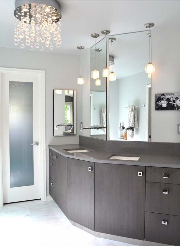 Best And Newest Chandeliers For The Bathroom Throughout Spectacular Ideas For Chandeliers In The Bathroom (View 4 of 10)