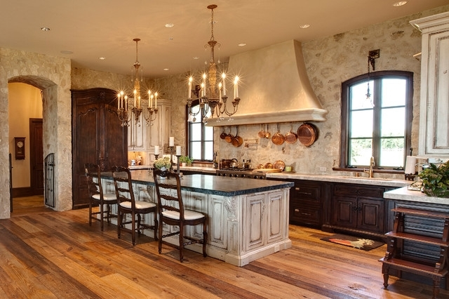 Featured Photo of Small Rustic Kitchen Chandeliers