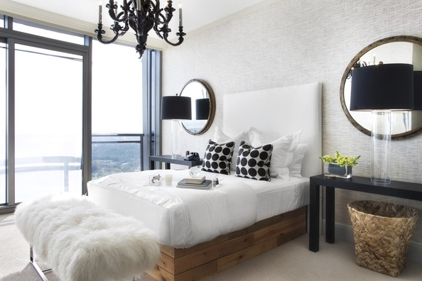 Black Chandelier Bedroom In Well Known Hollywood Regency Bedroom Photos (13 Of 31) (View 5 of 10)
