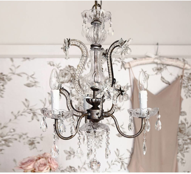 Chandeliers In Best And Newest Vintage Chandelier (View 2 of 10)