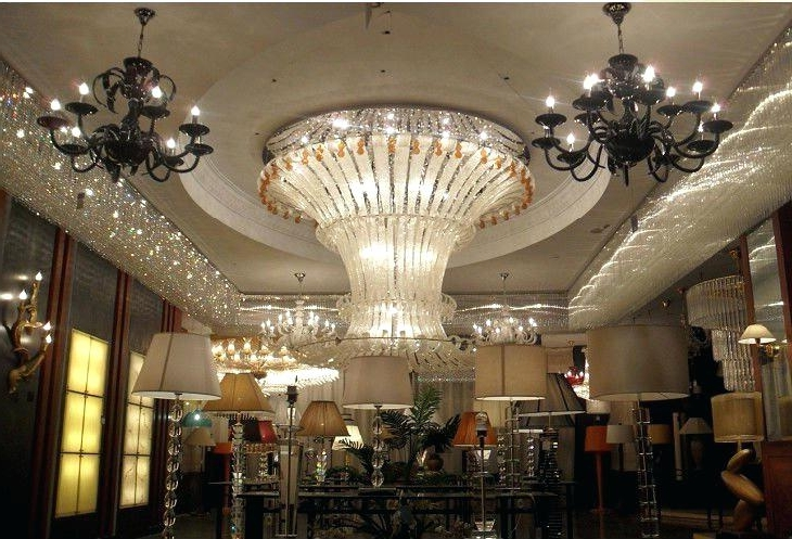 Famous Big Chandeliers In Huge Chandeliers For Sale – Stephenphilms (View 5 of 10)