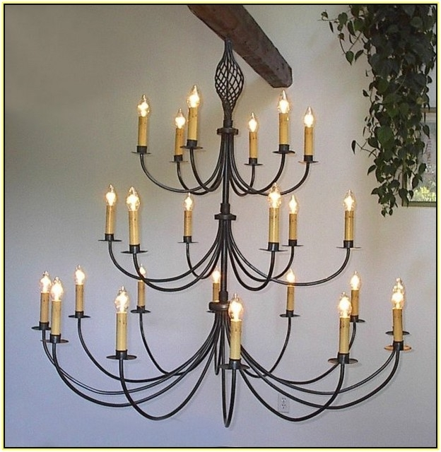 Fashionable Large Wrought Iron Chandeliers (View 9 of 10)