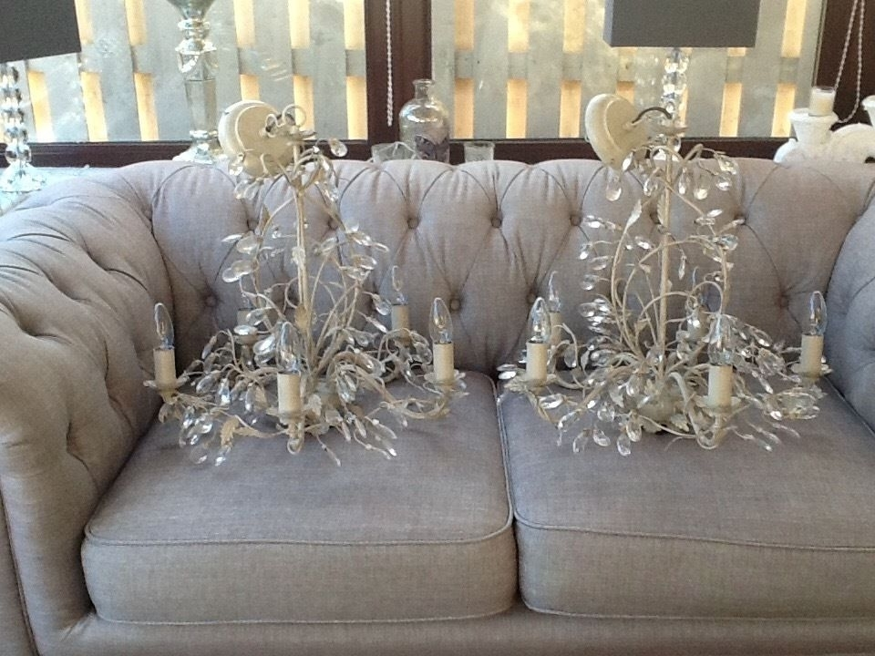 Gumtree Throughout Fashionable Cream Chandeliers (View 8 of 10)