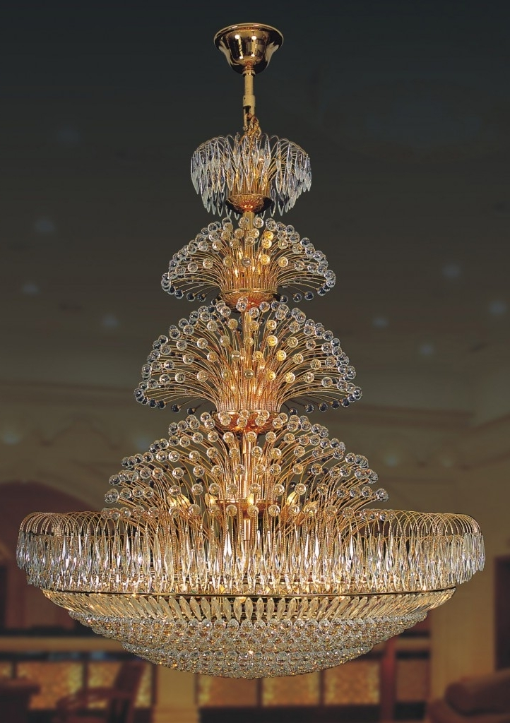Huge Chandeliers With 2018 Chandelier. Awesome Large Crystal Chandelier: Wonderful Large (Gallery 6 of 10)