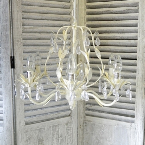 Large Shabby Chic And Vintage Cream Chandelier For Favorite Large Cream Chandelier (View 6 of 10)
