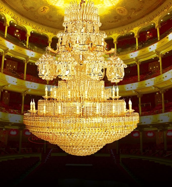 Featured Photo of Big Chandeliers