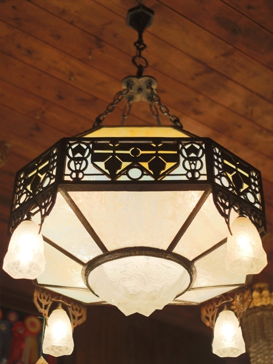 Most Up To Date Yankee Craftsman: (Anli102) French Art Deco Chandelier With Art Deco Chandelier (View 8 of 10)