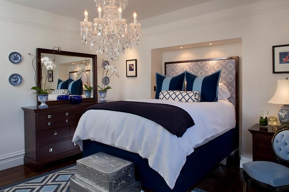 Recent Chandeliers In Bedrooms 7 Brilliant Ideas For Modern Bedroom Lighting In Chandeliers In The Bedroom (View 8 of 10)