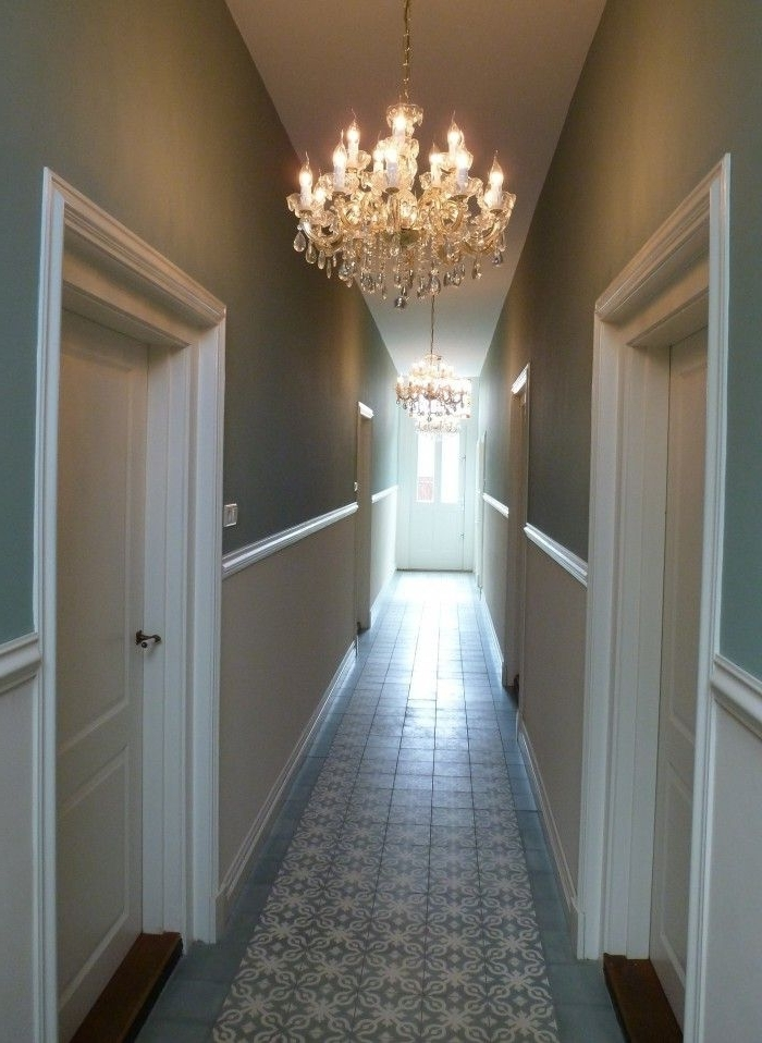Recent Modern Country Style: Ten Effective Decorating Ideas For Small Regarding Small Hallway Chandeliers (View 2 of 10)
