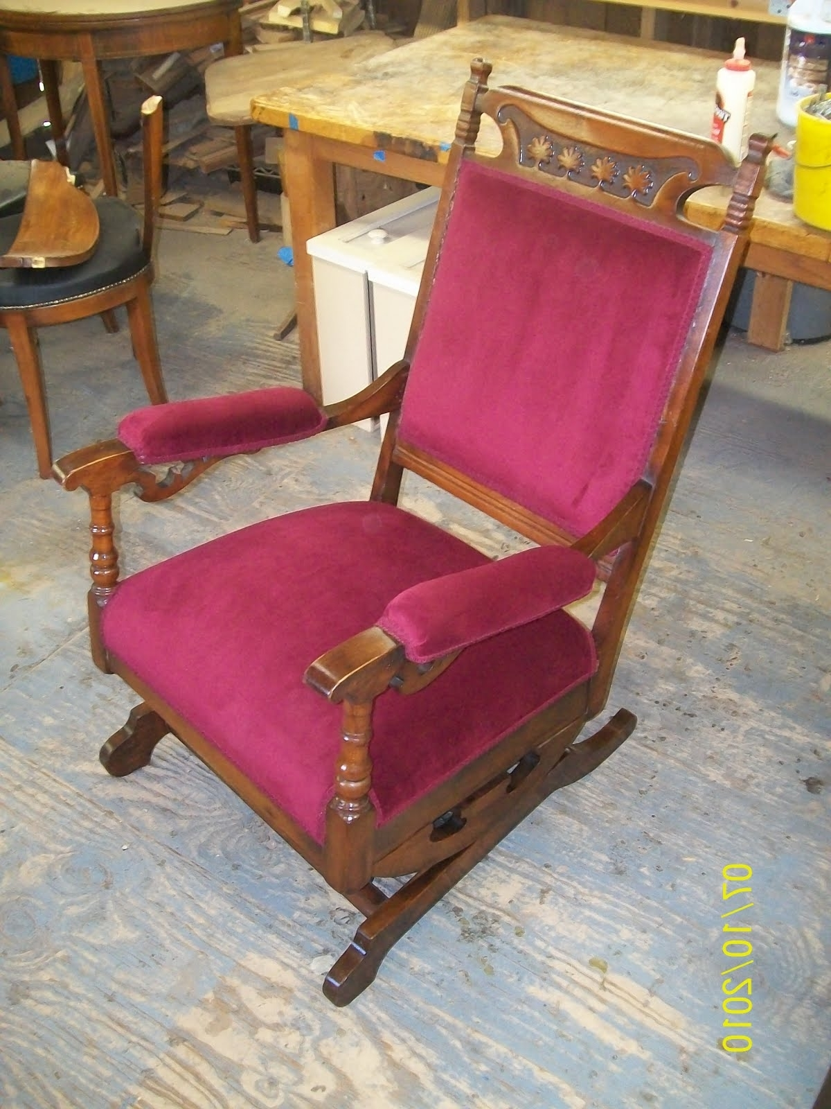 2017 Rocking Chairs With Springs Inside Rocking Chairs : Seng Chicago Chair Representation Cute Nos Antique (View 1 of 15)