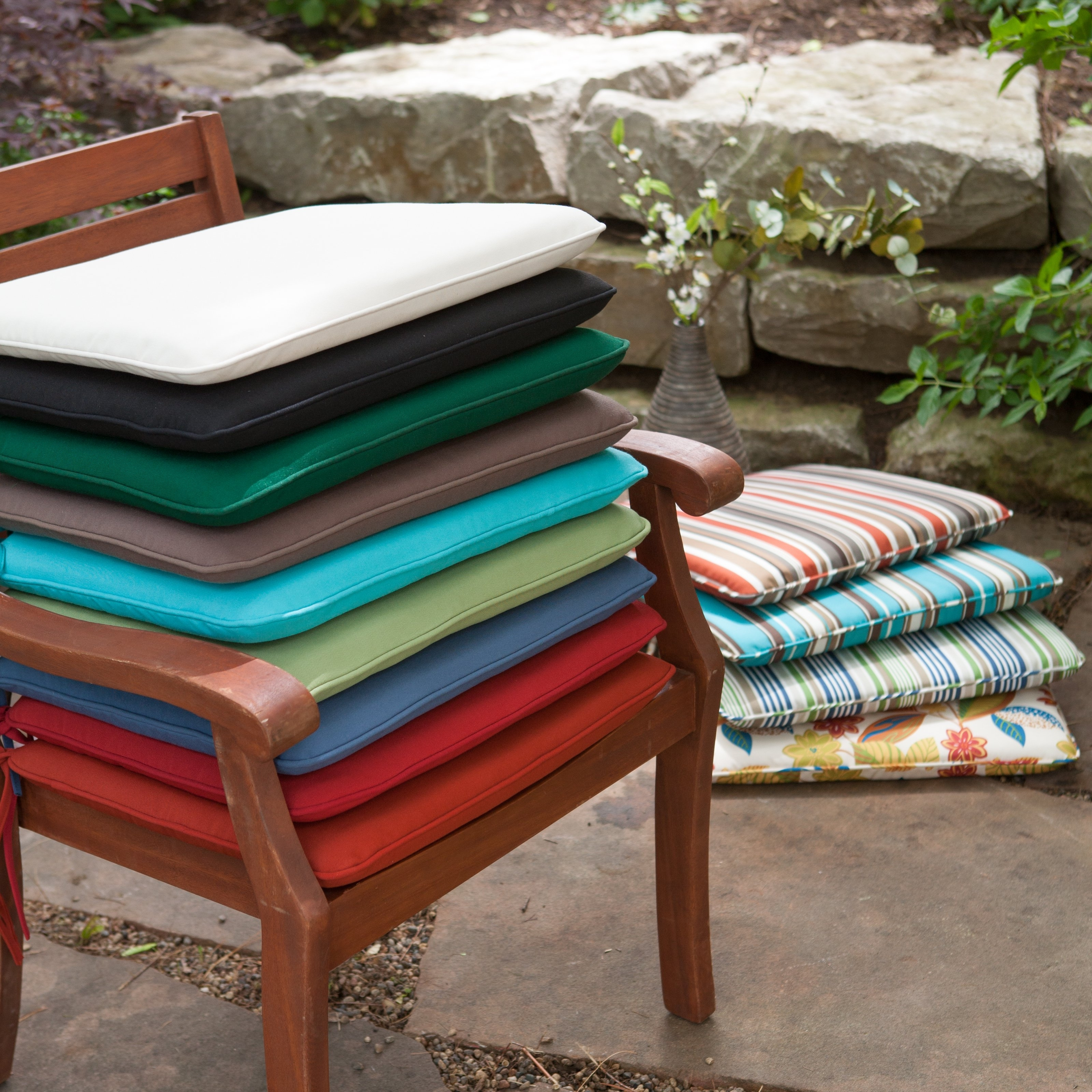 2018 Outdoor Rocking Chair Seat Cushions Modern Bench Cushion Ideas For Rocking Chair Cushions For Outdoor (View 1 of 15)