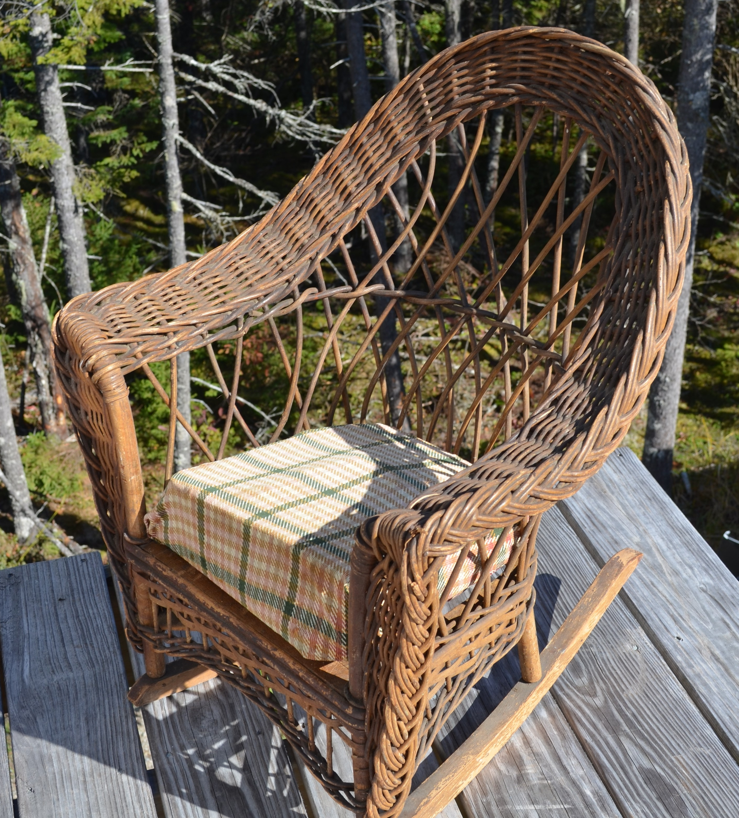 Antique Wicker – Online Catalog Regarding Current Antique Wicker Rocking Chairs With Springs (View 2 of 15)