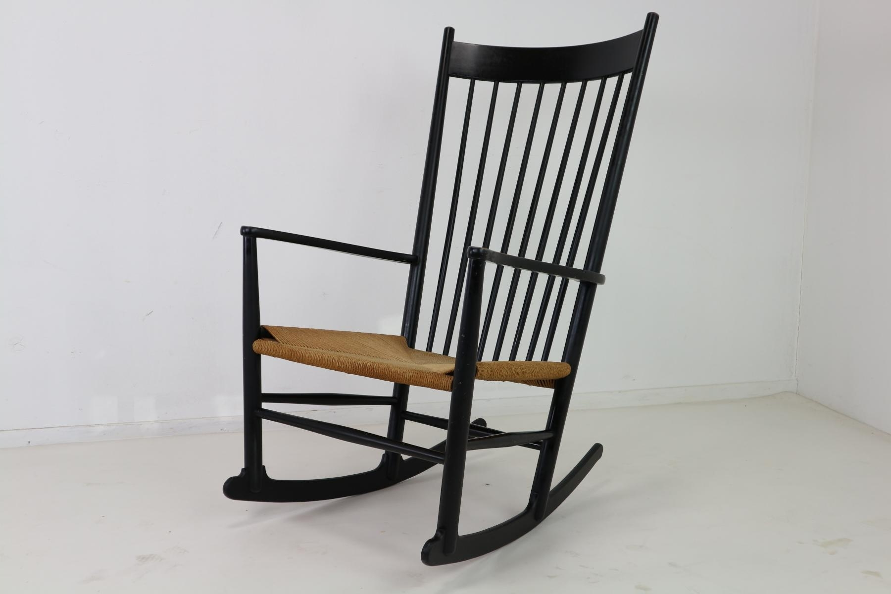 Fold Up Rocking Chair Vintage Outdoor Rocking Chair Black Within Vintage Outdoor Rocking Chairs (View 7 of 15)
