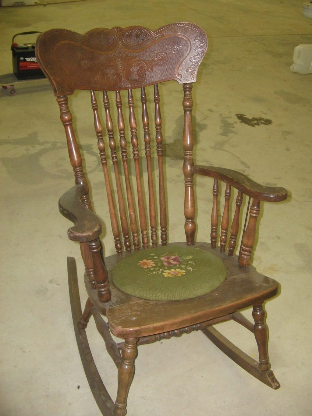 Interior : Amusing Antique Rocking Chair Value 16 On Furniture Inside Famous Antique Rocking Chairs (Gallery 7 of 15)