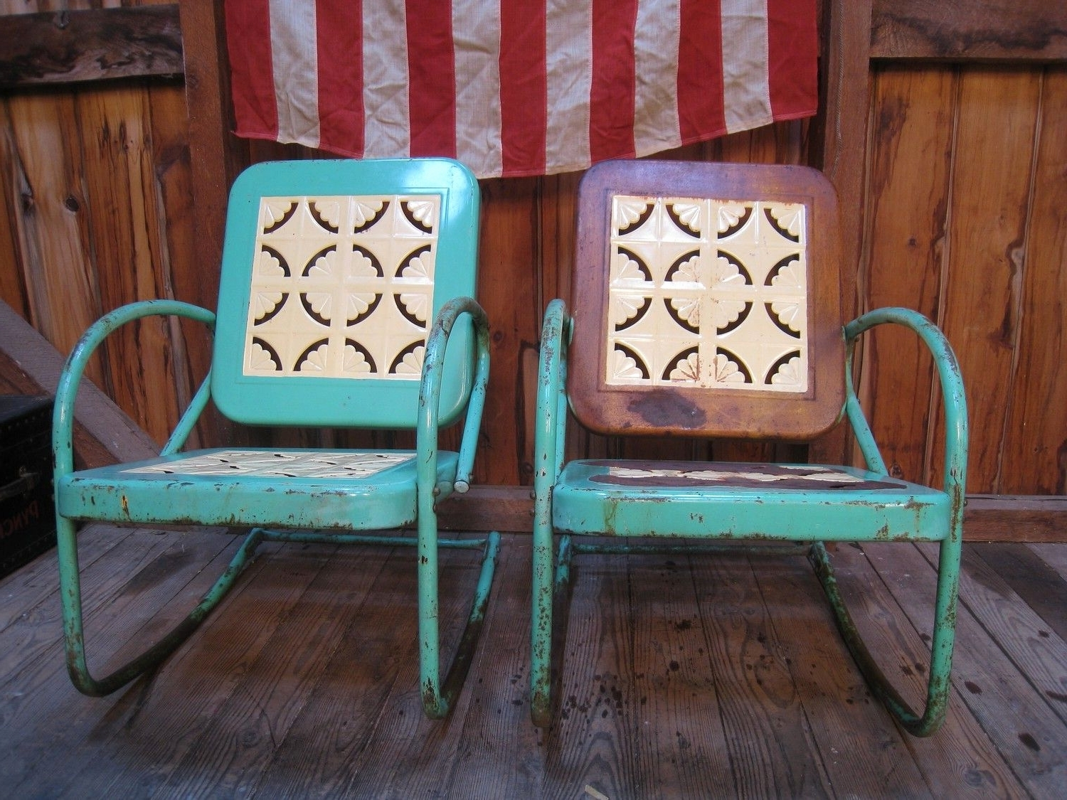 Newest Vintage Metal Rocking Patio Chairs Regarding Outdoor Metal Rocking Chair Awesome Vintage 1950S Metal Lawn Porch (View 7 of 15)