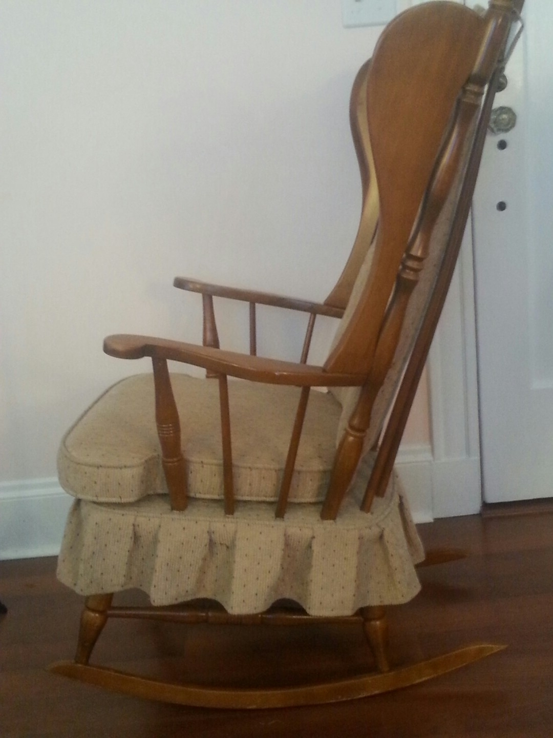 Popular Old Fashioned Rocking Chairs With Solid Old Fashioned Rocking Chair, Furniture On Carousell (View 8 of 15)