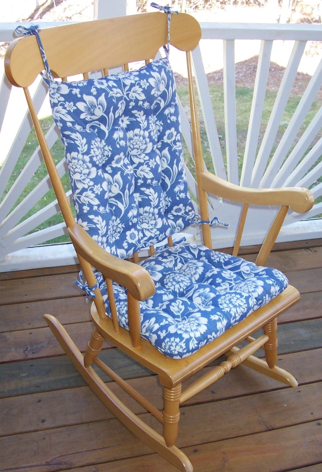 Rocking Chair Cushions For Outdoor For Most Popular Outdoor Rocking Chair Cushions Pattern : Beautiful Outdoor Rocking (View 8 of 15)