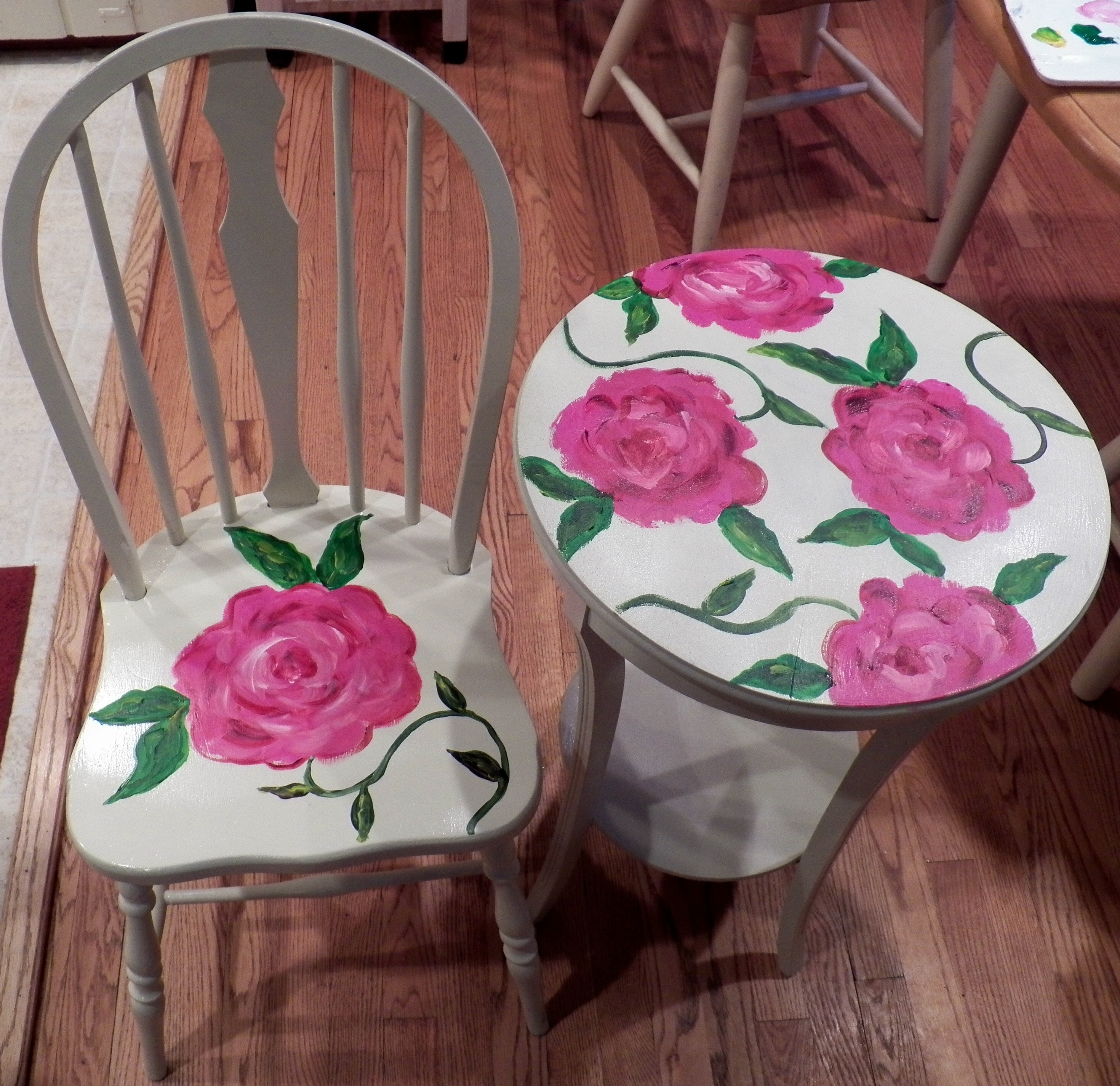 Trendy Furniture Place For Learning Page Side Table And Chair With Roses Throughout Rocking Chairs At Roses (View 8 of 15)