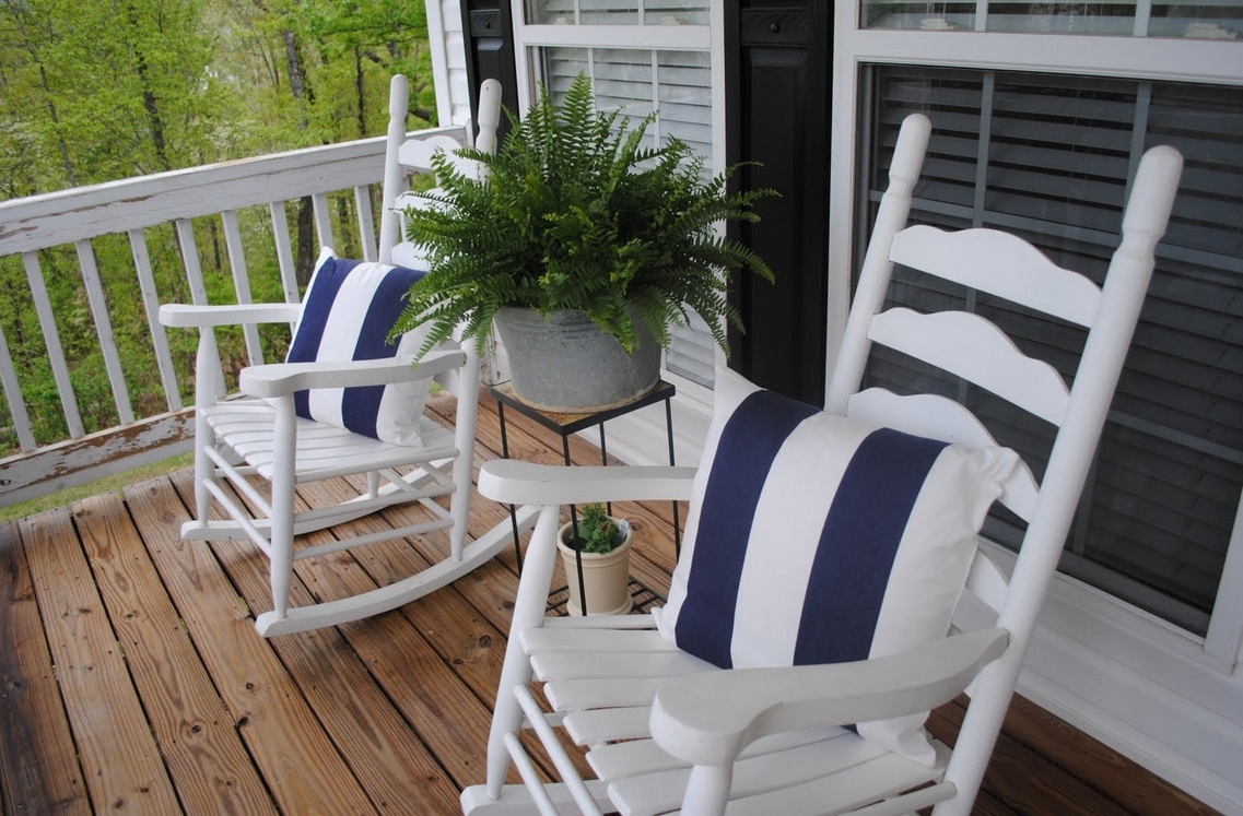 Trendy Unique Outdoor Patio Rocking Chairs With Within Small Patio Rocking Chairs (View 13 of 15)