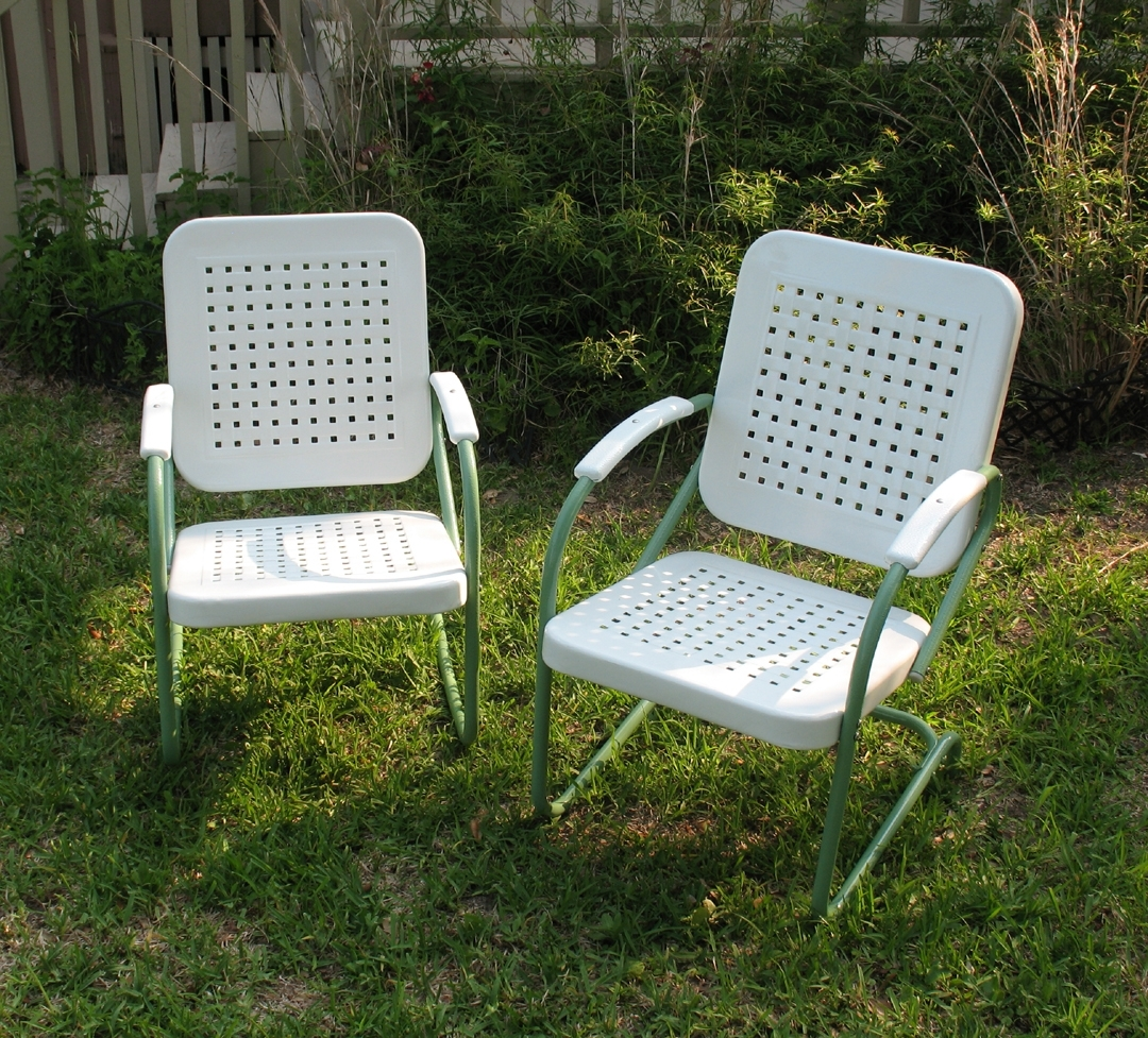 Well Known Vintage Metal Rocking Patio Chairs Pertaining To Vintage Metal Lawn Chairs (View 6 of 15)