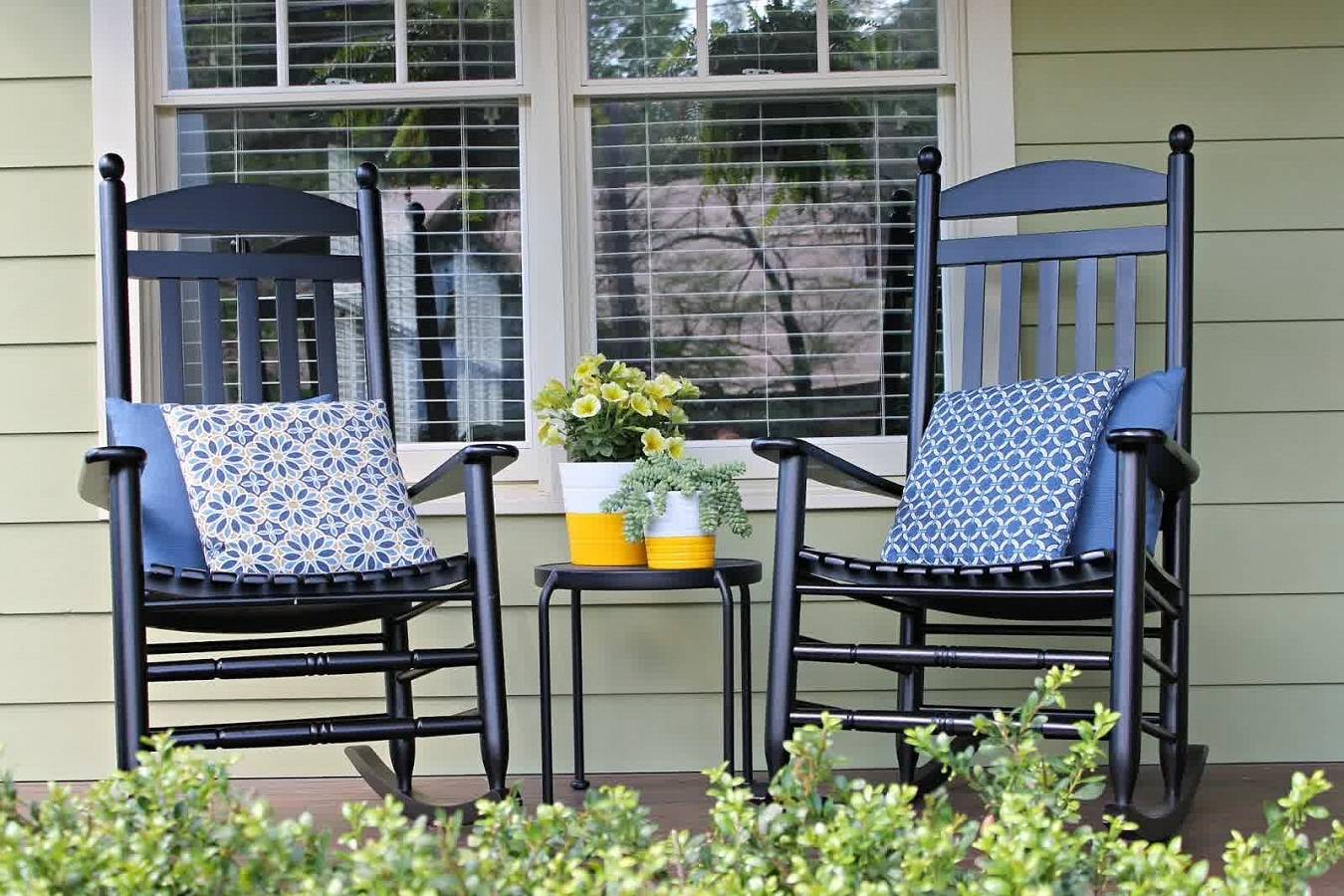Yellow Outdoor Rocking Chairs For Most Current Modern Outdoor Rocking Chair Cushions — Wilson Home Ideas (View 14 of 15)