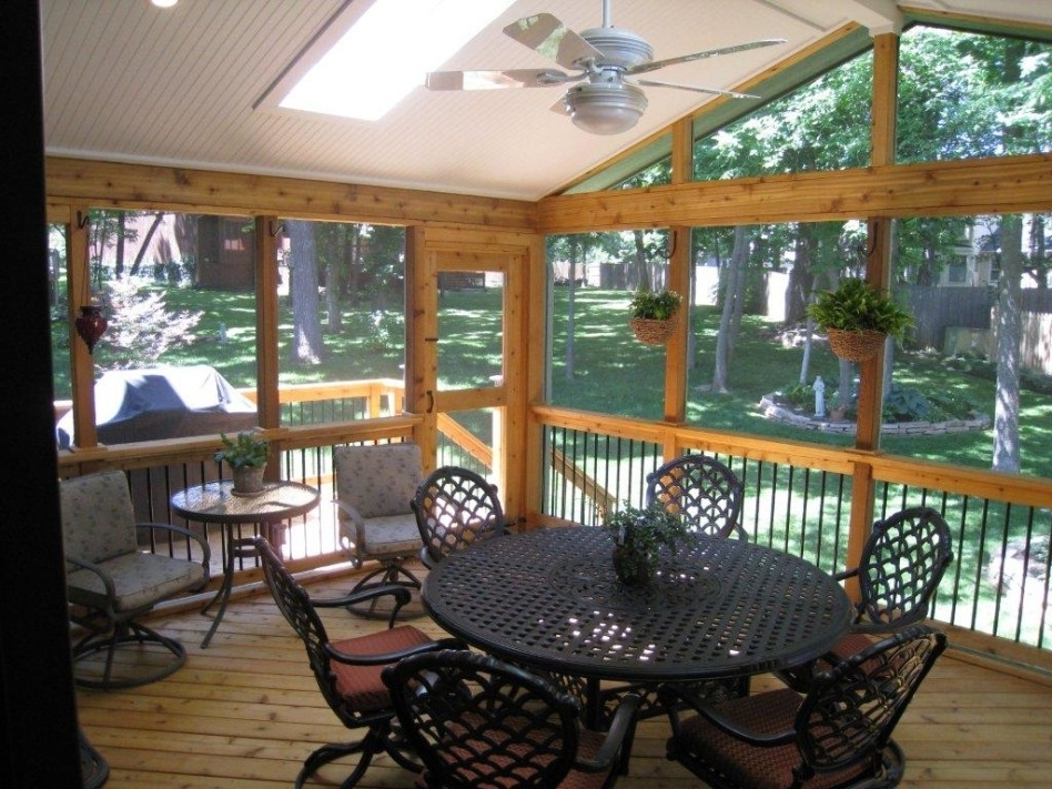 Exterior: Minimalist Outdoor Living Space Decoration Using Round Throughout Well Known Outdoor Ceiling Fans For Screened Porches (View 14 of 15)