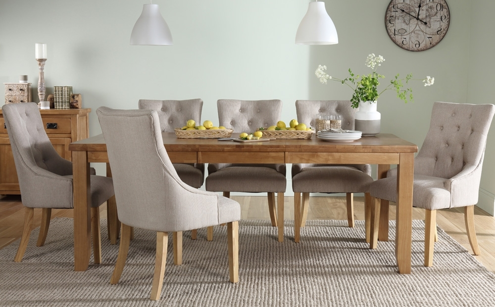 2017 Oak Extending Dining Tables And 8 Chairs Pertaining To Highbury Oak Extending Dining Room Table & 4 6 8 Duke Chairs Set (View 2 of 20)