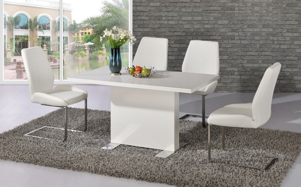 2017 White High Gloss Dining Room Table And 4 Chairs – Homegenies Pertaining To High Gloss Dining Room Furniture (View 1 of 20)