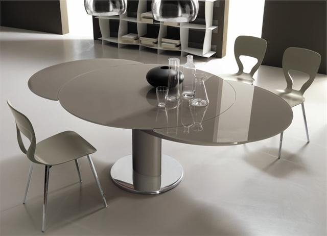 2018 Glass Round Extending Dining Tables Regarding Giro Modern Italian Extending Round Table (View 2 of 20)