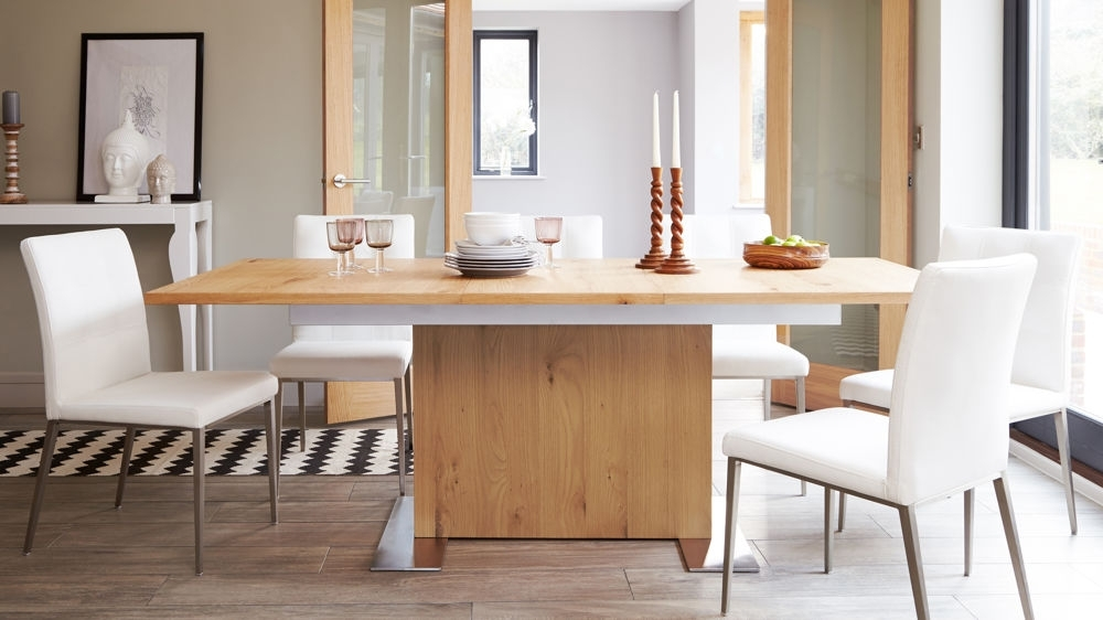 2018 Oak Extending Dining Table And Chair Set (View 3 of 20)