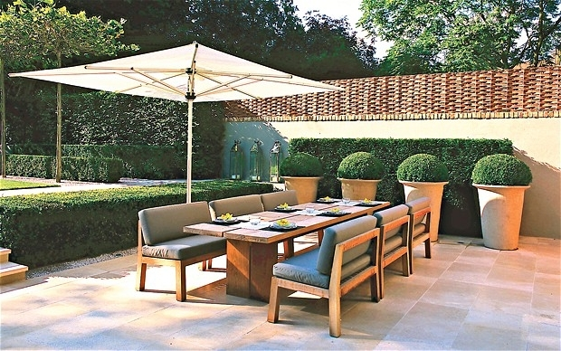2018 Top Designers' Favourite Garden Furniture In Pictures – Telegraph For Garden Dining Tables (View 15 of 20)