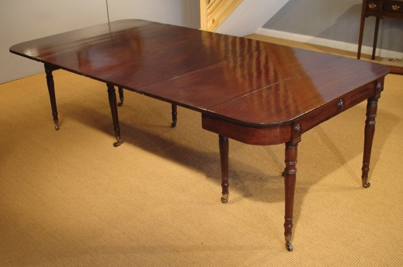 Antique Extending Dining Table / Mahogany 10 12 Seat Table Regarding Most Current Mahogany Extending Dining Tables And Chairs (View 18 of 20)
