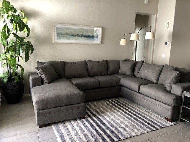 Apartments With Most Popular Kerri 2 Piece Sectionals With Raf Chaise (View 3 of 15)