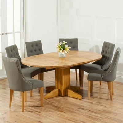 Best And Newest Extending Round Dining Tables With Regard To Monty Solid Oak Extending Round Dining Table With 6 Primly Grey (View 5 of 20)