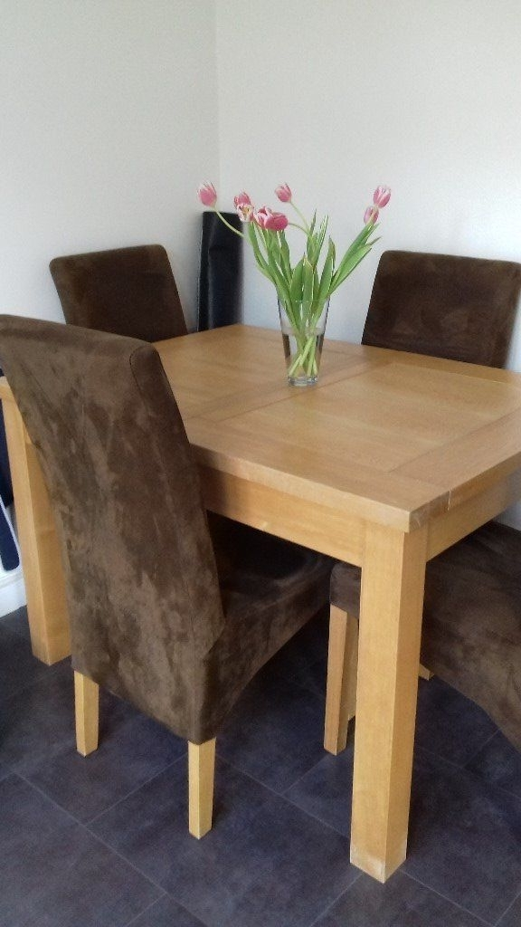 Best And Newest Oak Extending Dining Tables And 4 Chairs Within Solid Light Oak Extending Dining Table And 4 Chairs To Extend To  (View 2 of 20)