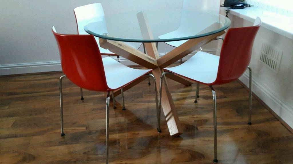 Bhs Solid Oak Glass Top Dining Table And 4 Modern Chairs (View 1 of 20)