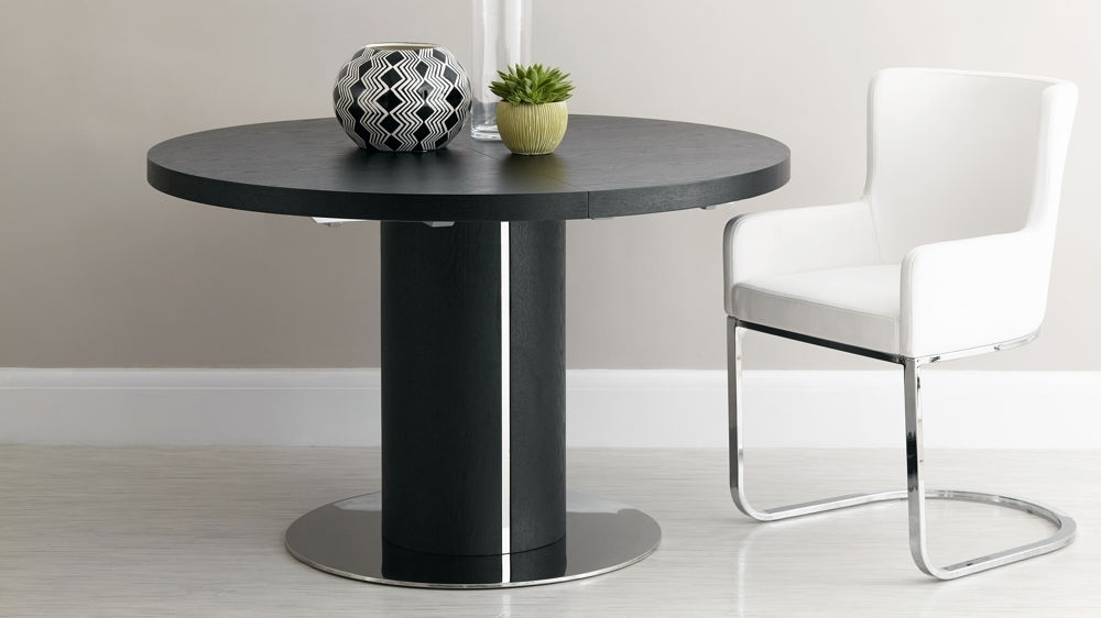 Black Ash Round Extending Dining Table (View 5 of 20)