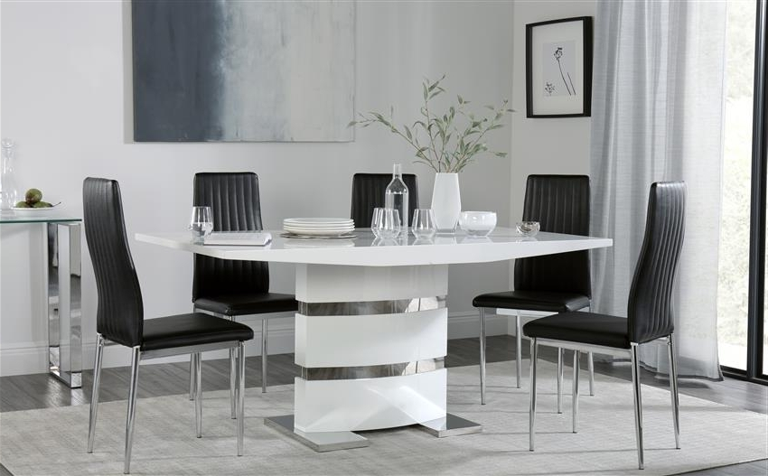 Black Gloss Dining Furniture Throughout Latest Komoro White High Gloss Dining Table With 4 Leon Black Chairs Only (View 11 of 20)
