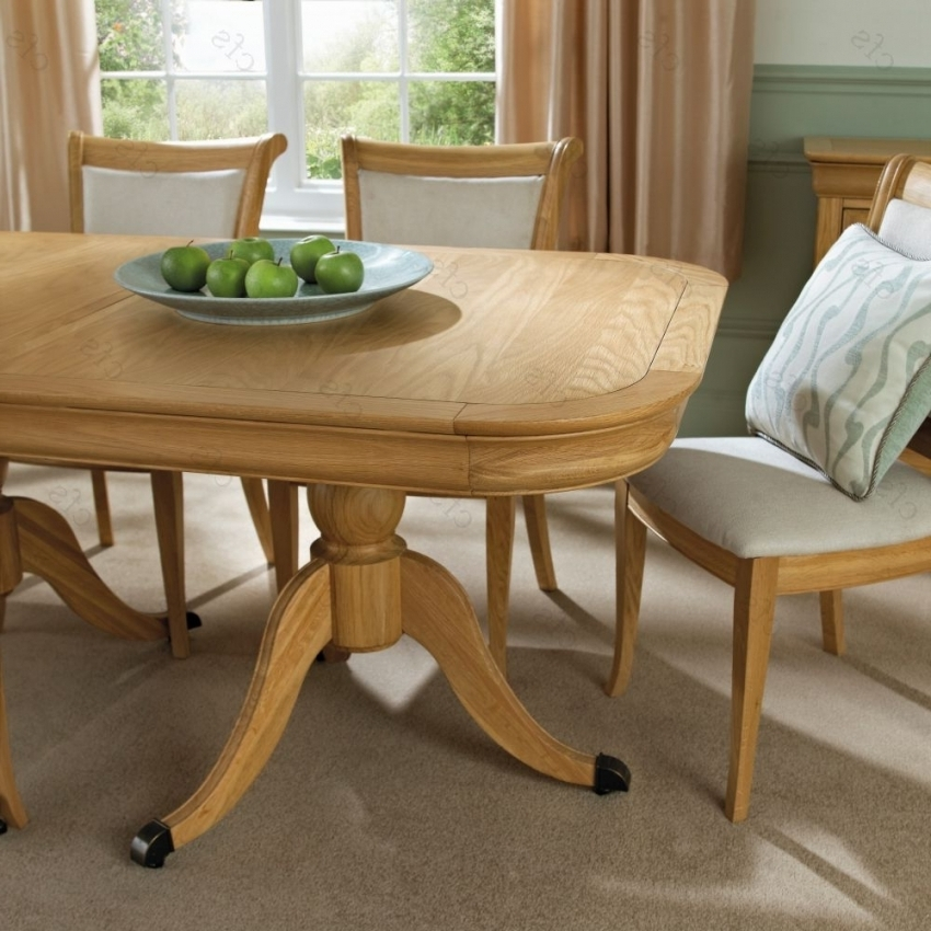 Buy Bentley Designs Chantilly Oak Oval Extending Dining Table Pertaining To Well Known Oak 6 Seater Dining Tables (View 2 of 20)