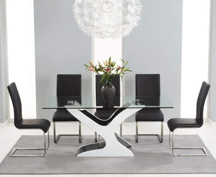 Buy The Nevada 180Cm Black And White High Gloss And Glass Dining Regarding Popular Black Gloss Dining Furniture (View 8 of 20)
