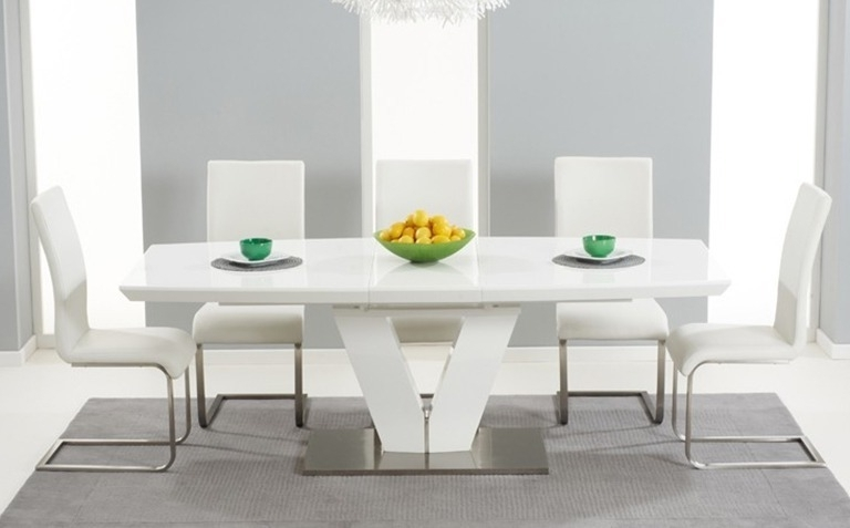 Cheap White High Gloss Dining Tables Intended For Fashionable High Gloss Dining Table Sets (View 4 of 20)