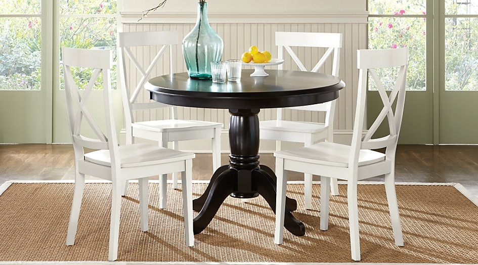 Choosing A Round Dining Table And Chairs Which Match – Home Decor Ideas Inside Most Current Caira Black Round Dining Tables (View 4 of 20)