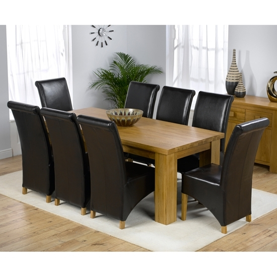Chunky Solid Oak Dining Tables And 6 Chairs With Widely Used Daniela Chunky Solid Oak Dining Table And 8 Barcelona (View 5 of 20)