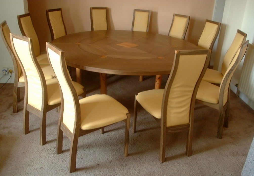 Circular Oak Dining Tables Inside Preferred 12 Seater Expanding Circular Dining Table (View 3 of 20)