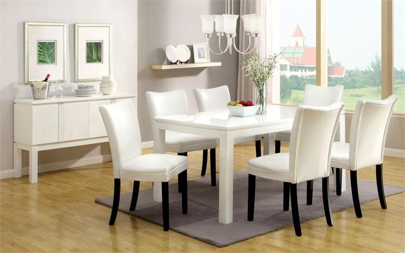 Combs 5 Piece 48 Inch Extension Dining Sets With Pearson White Chairs With Regard To Most Current Imágenes De White Dining Room Table With Chairs (View 8 of 20)