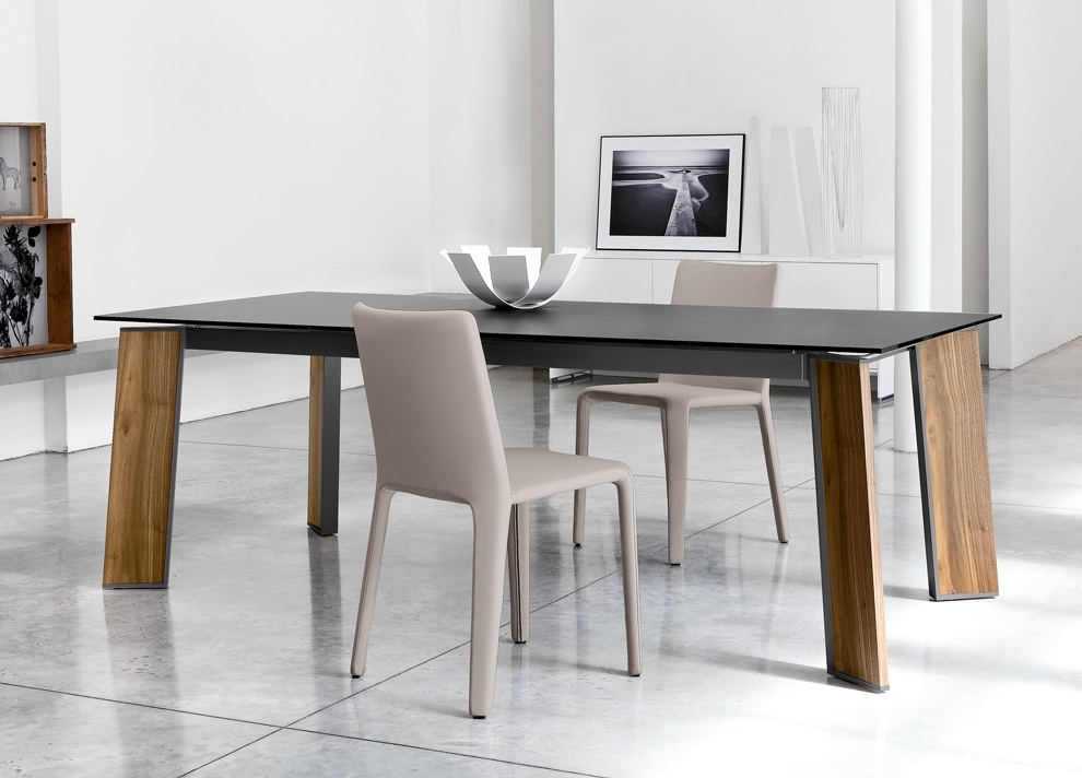 Contemporary Dining Tables In Current Bonaldo Flag Table (View 6 of 20)