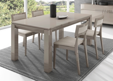 Contemporary Extending Dining Tables For Most Recent Jantar Extending Dining Table – Contemporary Extending Dining Tables (View 11 of 20)